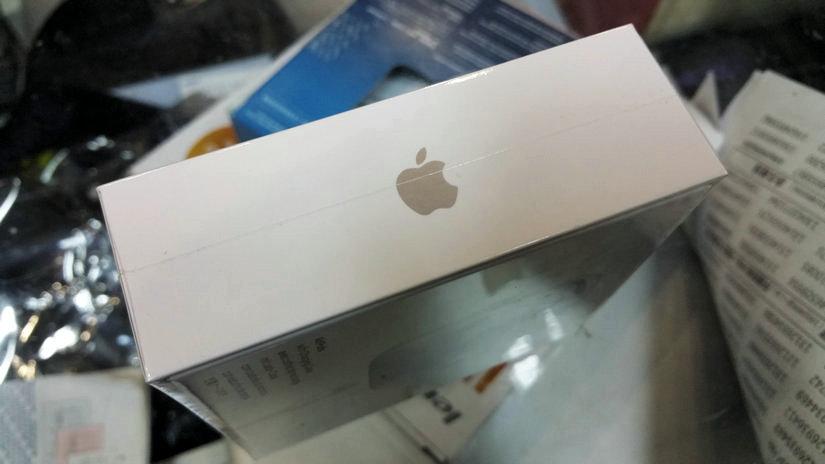 苹果Airpods蓝牙耳机